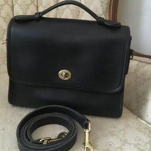 VINTAGE COACH COURT BLACK 9870
